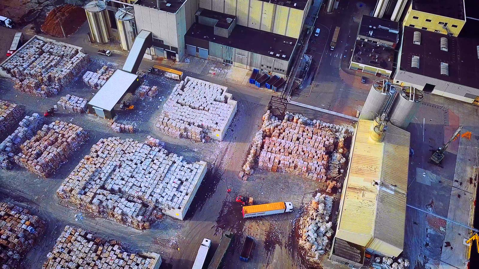 industrieterrein-vanuit-de-lucht-papiermakers
