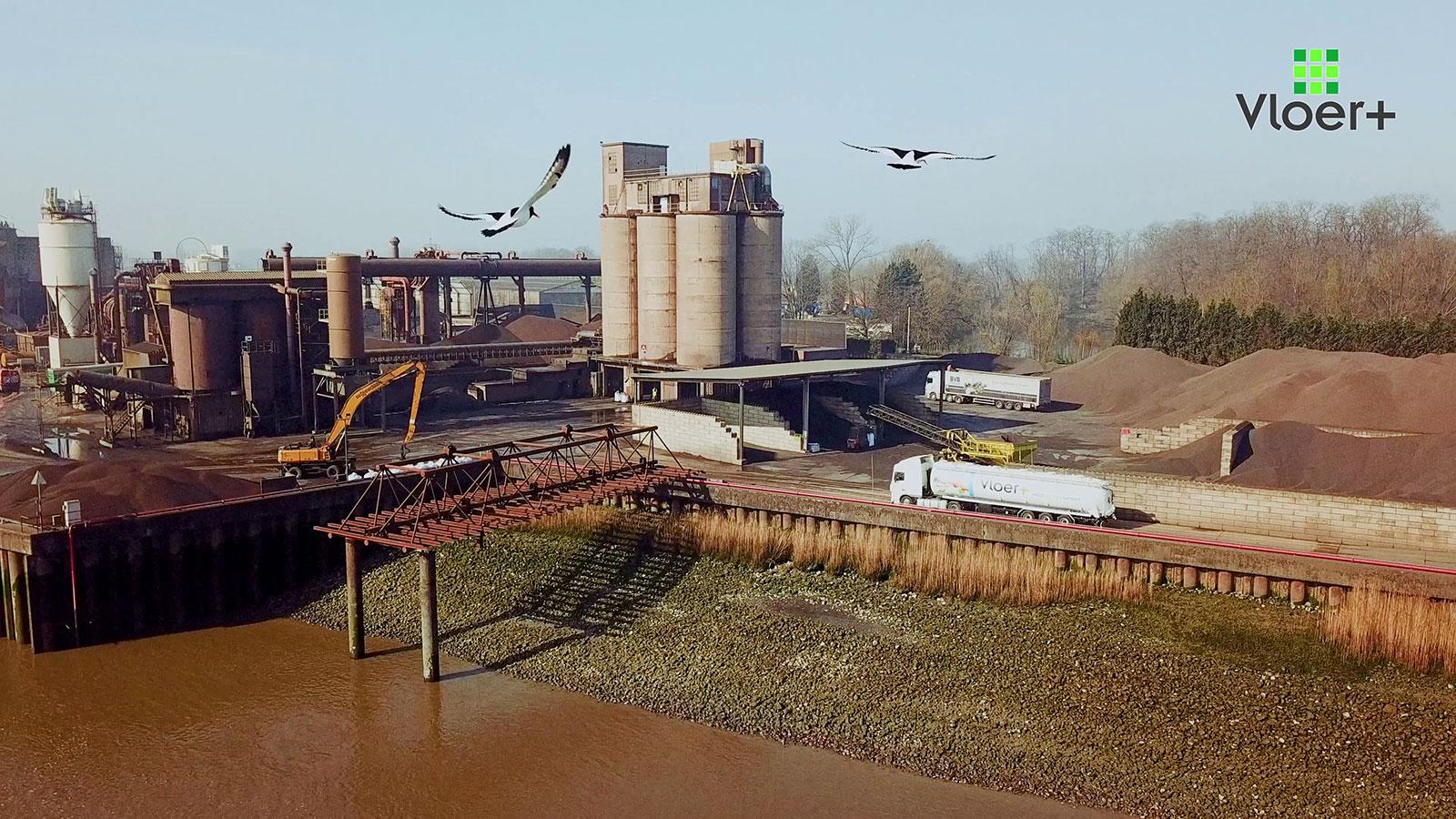 Filmproductiebedrijf opname drone Argex promotiefilm-laten-maken--fabriek-buitenland